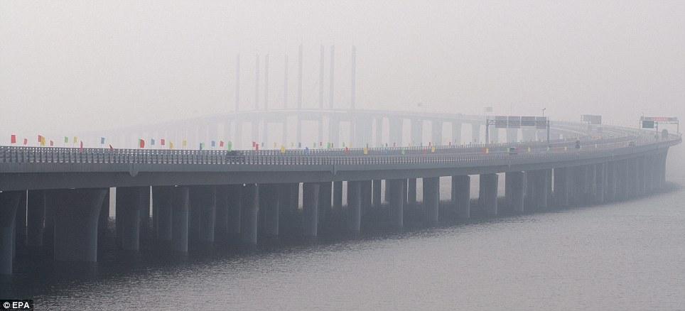 Hangzhou Bay Bridge - один из самых длинных трансокеанских мостов в мире