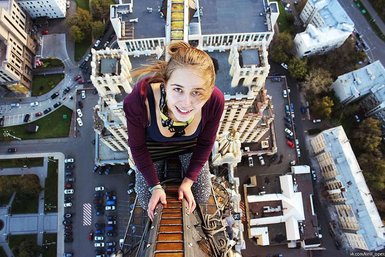 Опасные селфи девушки-фотографа из Москвы