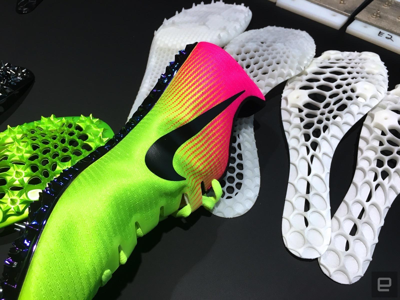 Nike использует 3D печать и привлекает Олимпийских спринтеров для создания новых беговых кроссовок