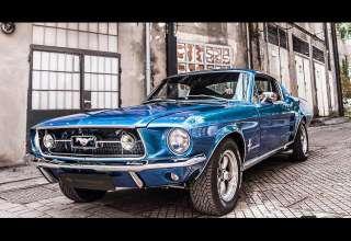 Carlex Design специализируется на дизайне интерьера автомобилей. Разрабатывая интерьер для Ford Mustang 1967 года, эти ребята сделали нечто невообразимое.