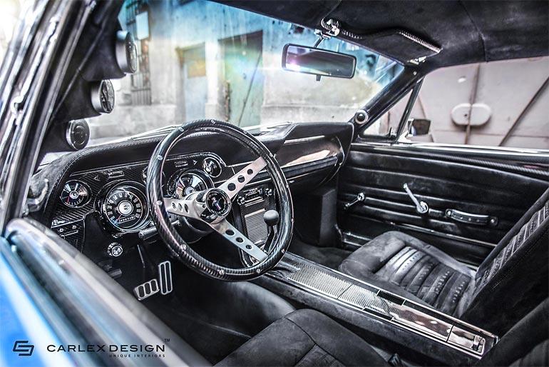 Культовый автомобиль Ford Mustang 1967 года с впечатляющим дизайном интерьера (17 фото)