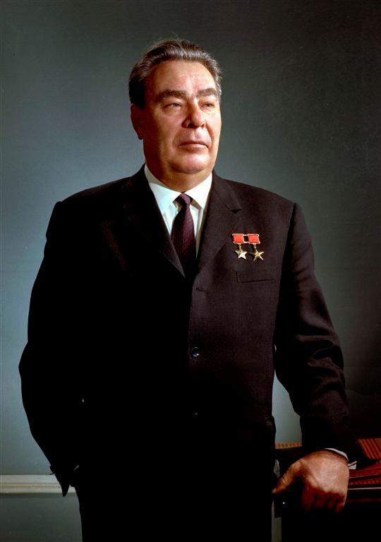 Леонид Ильич Брежнев. Незабываемая эпоха истории СССР (57 фото)