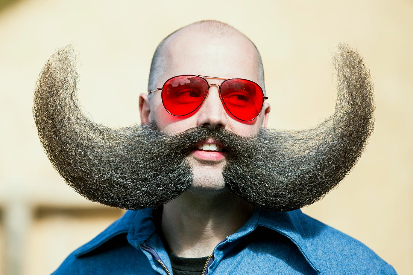 Самые необычные и зрелищные бороды и усы в мире