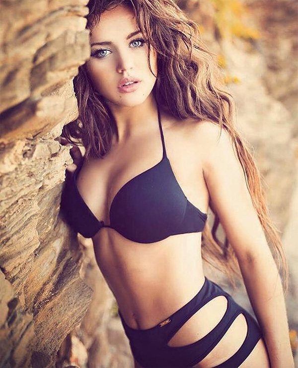 Rosie Mac/Instagram