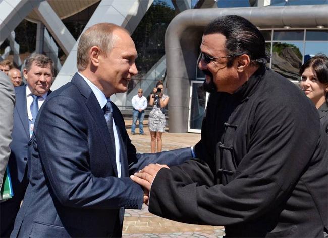 Стивен Сигал намерен стать гражданином России